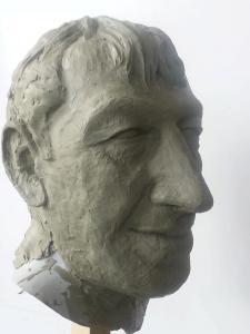 adam-basi-heykeli