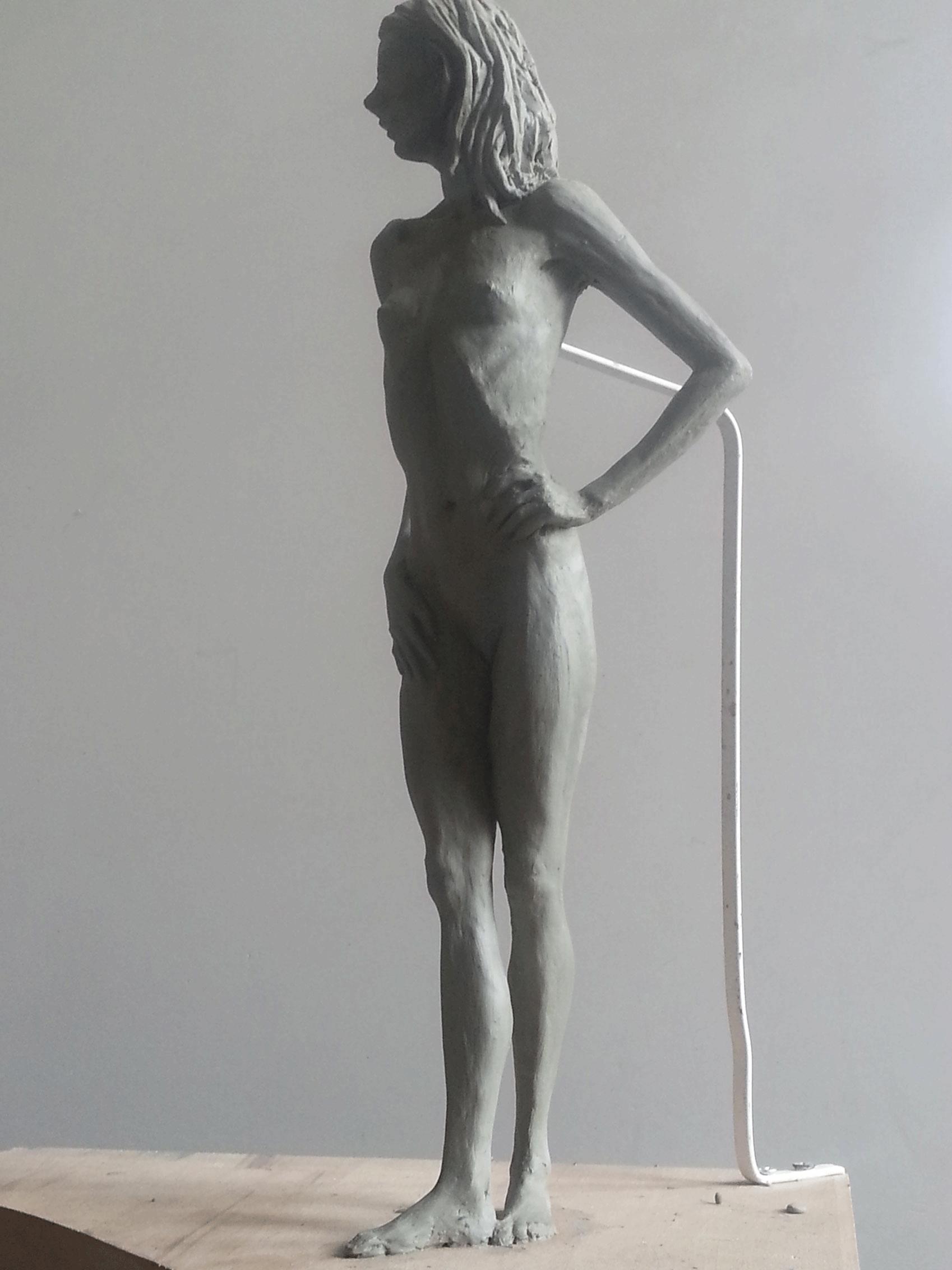 kadin-heykeli