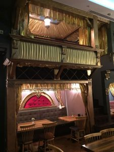 restorant-dekorasyonu